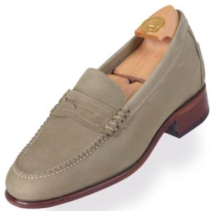 7012 V HiPlus shoes in suede leather. Add 6 to 7 cm height